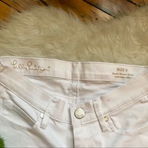 Lilly Pulitzer Shorts - NWOT white Lilly Pulitzer South Ocean shorts, 0
